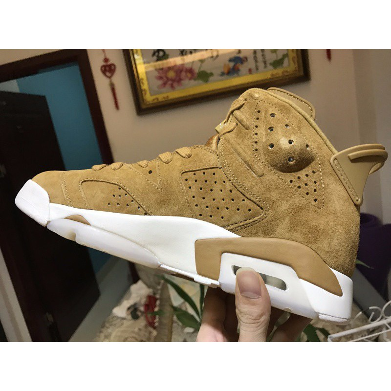 780aa98e030e ... Factory lacing class air jordan 6 golden harvest wheat yellow colorway  384664-705 40.5-