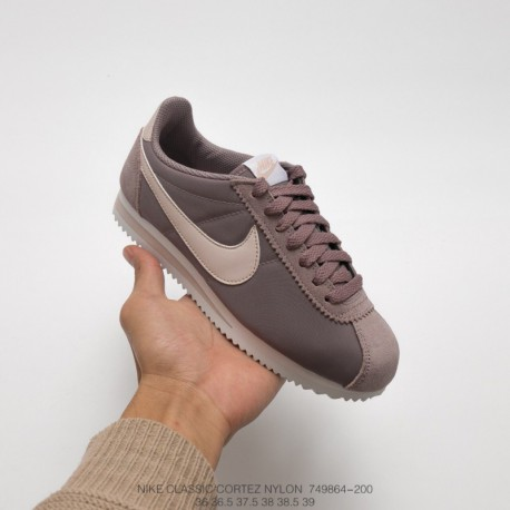 864-801 Nike Deadstock Cortez Womens CLASSIC Cortez Nylo 6aa0a22d83d9