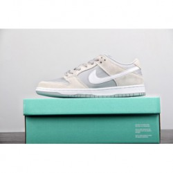 Ar0778-110 Nike SB Dunk Low Trd Sports And Leisure Skate Board Shoes Men