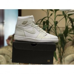Factory Lacing Class Air Jordan 1 Retro OG Higt Diamond Scale Pearl White Colorway 832596-10
