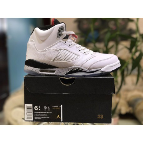the best attitude 0bc70 995b6 Factory Lacing Class Air Jordan 5 GS White Cement Colorway 440888-10